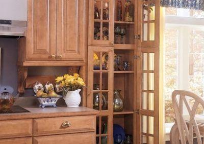 Transparent Glass Door Mullion Cabinetry