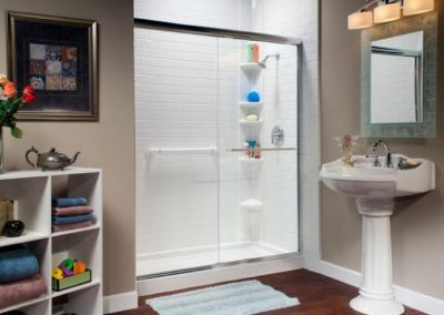 White Savona Tile Pattern Acrylic Shower with Sliding Glass Door