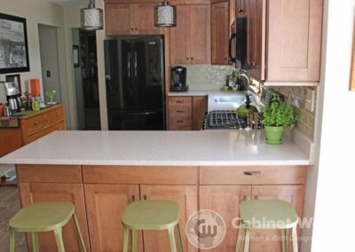 Kitchen Design with Refaced Cabinets